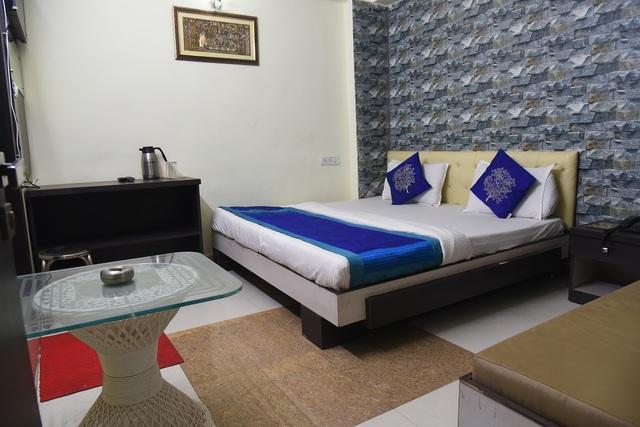 Luxury_Double_Bed