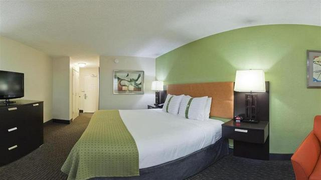 Holiday Inn - Tulsa City Center, Tulsa. Use Coupon Code HOTELS & Get ...