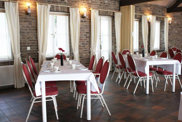 Fletcher Hotel-Restaurant La Ville Blanche, Thorn. Use Coupon Code ...