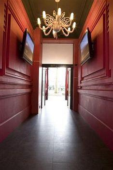 Ideal Hotel Design, Paris. Use Coupon >> STAYINTL << Get ₹ 2,000 ...