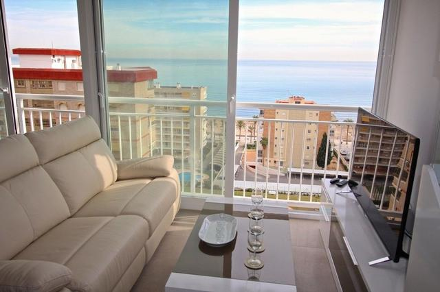 Loft Lyon, Alicante. Use Coupon Code HOTELS & Get 10% OFF.