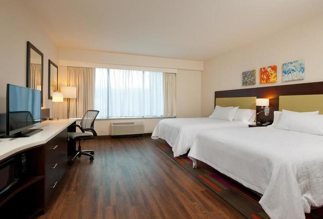room - Hilton Garden Inn Pittsburgh Downtown