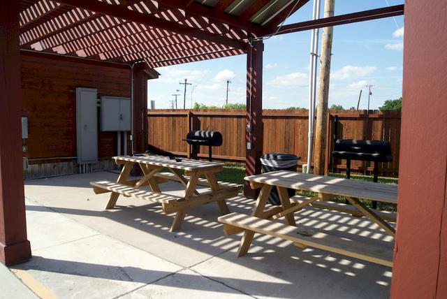 Luxury Inn Rv Park In Kenedy Texas