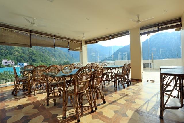 the_himalayan_terrace_-restaurant