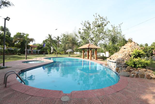 Swiming_pool_(1)