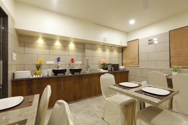 Hotel_Alka_Inn_Restaurant_6