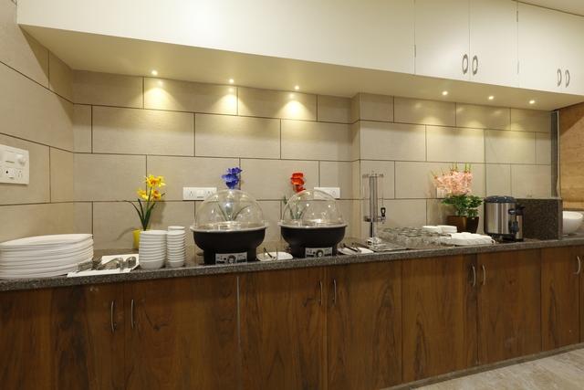 Hotel_Alka_Inn_Restaurant_8