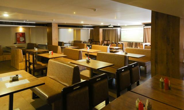 Route5_Bar___Restaurant12