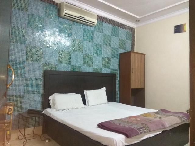 Standard_Room_p1_1