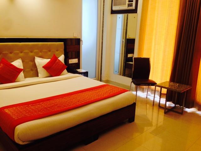 Deluxe_Room_B2