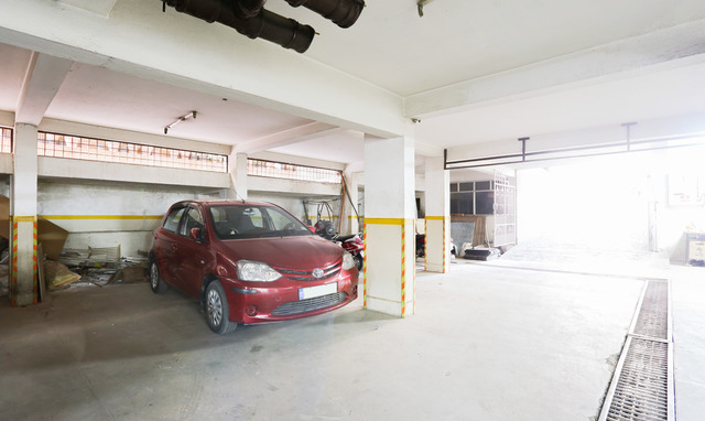 Parking_Space_(8)