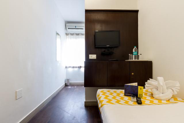 19_Standard_Room