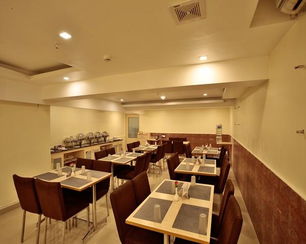 13._Restaurant