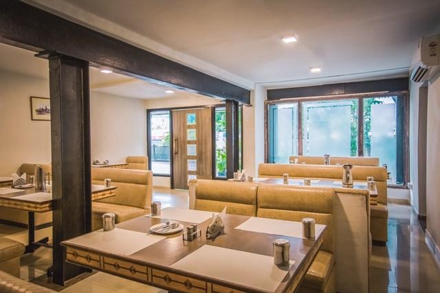 7._Restaurant