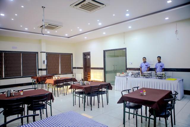 25.Restaurant