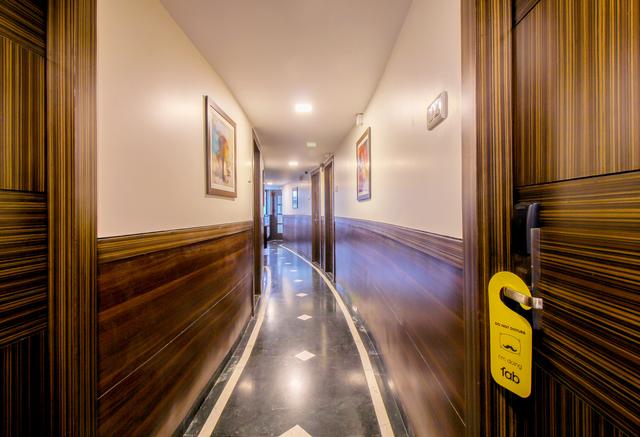 22_Hallway