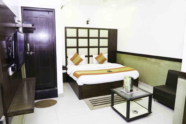 Hotel_Kumar_palace_(14)