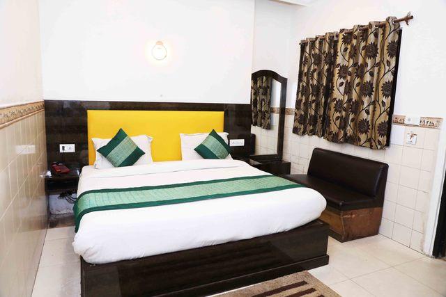 Hotel_Kumar_palace_(7)
