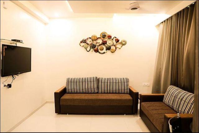 Pushpak_Park_Suite_room_sitout