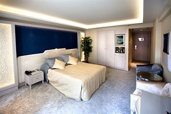 Hotel zurich istanbul istanbul use coupon code stayintl for Laleli istanbul hotels