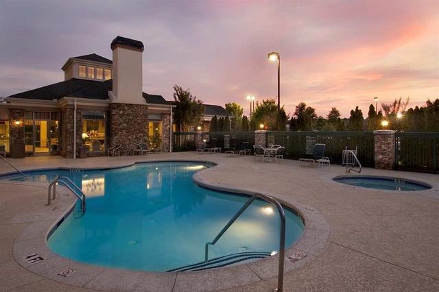 swimming pool - Hilton Garden Inn Atlanta