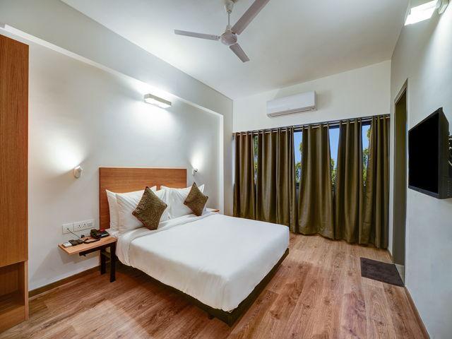 1_Room