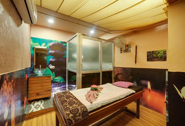 14Hotel_Amrit_Mahal_Udaipur_Market_My_Hotel