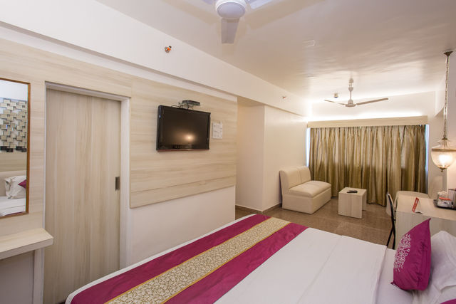 10__Room