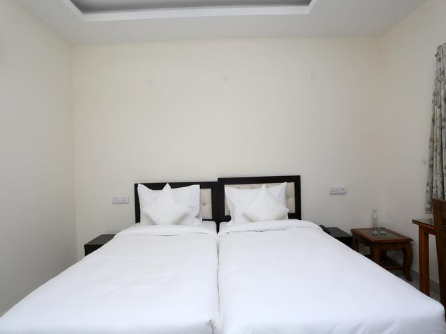 11__Room