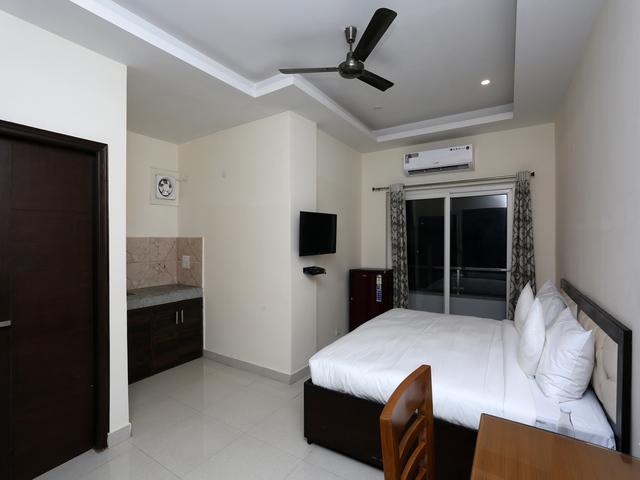 14__Room