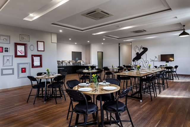 10__Restaurant