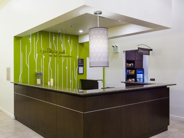 Hilton Garden Inn Tribeca, New York. Use Coupon Code HOTELS & Get 10 ...