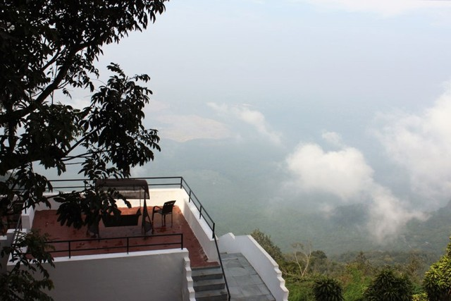 Sterling Yercaud Yercaud Room Rates Reviews Amp Deals