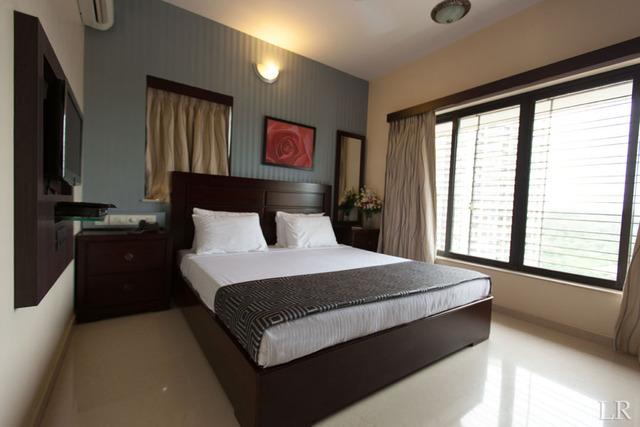 Lalco_Residency_-_Master_Bedroom_(King)_(2)