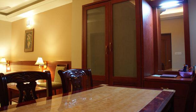 Guest_Room__2_