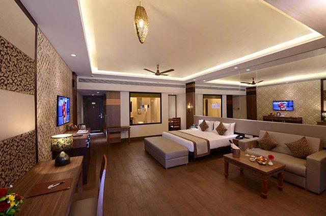 royale-luxury