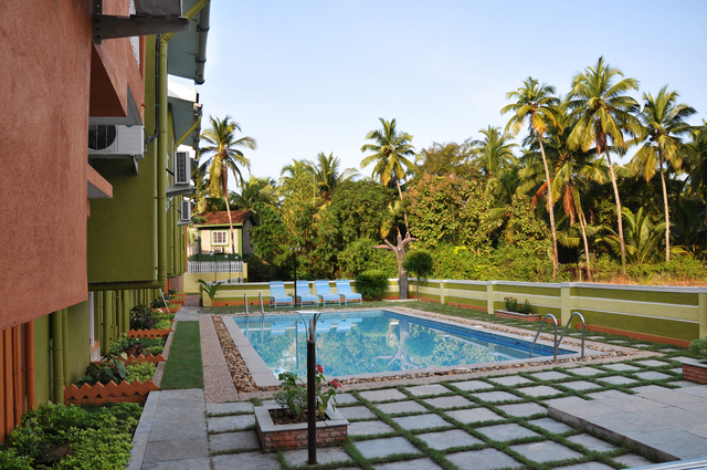 Swimming_Pool_-_A_s_Holiday_Beach_Resort