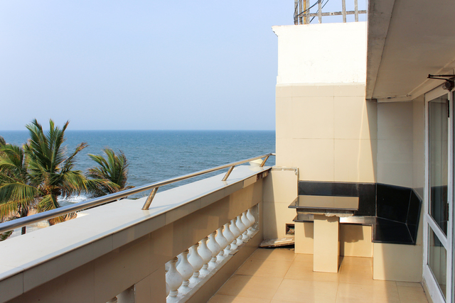 Suite_Four_Bed_Balcony_(1)