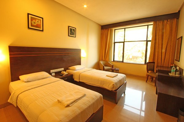 The Caliph Hotel And Executive Suites Mumbai Room Rates