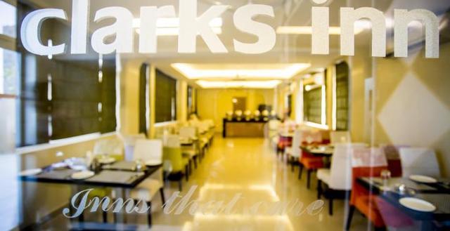 201004301220329453_Clarks_Inn_Restaurant_Image3