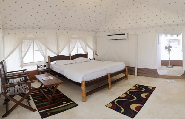 Room_inside_2