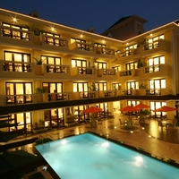 Resort_by_Night_1_-_07