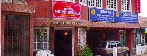 Bathroom Hotel Mount Meridian 5 Jpg Front View