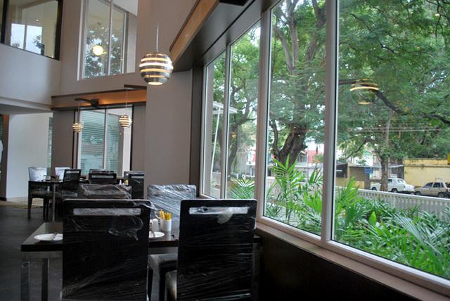 restaurant._1