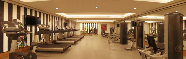 11._LTPBL1_Life_Fitness_equipped_gym