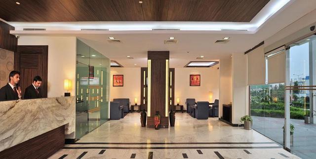 hotel-hyphen-grand-haridwar-reception-28634648fs