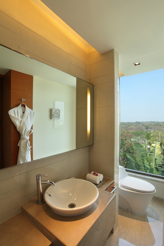 Hyatt-Pune-Bathroom