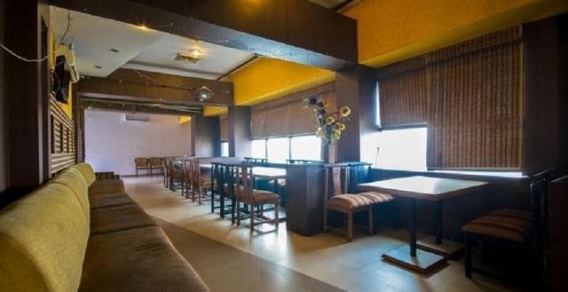 hotel-rs-residency-amritsar-r-s-residency-restaurant1374138645135_jpg-amritsar-111971402417-jpeg-fs