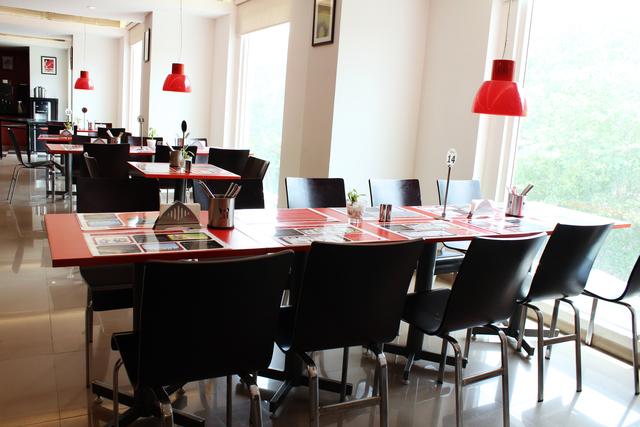 Clever_Fox_Restaurant_(2)