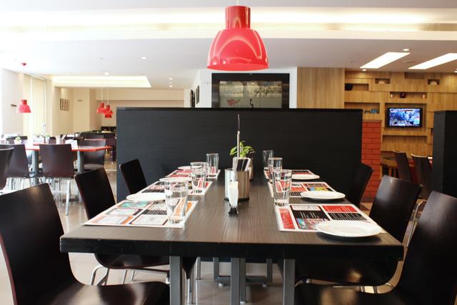 Clever_Fox_Restaurant_(3)